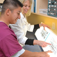 Finding the Best Dental Assistant School