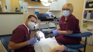 become a dental assistant